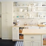 Breezy &amp; Bright: Kitchen