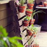 Outdoor Escape: Pallet Planter